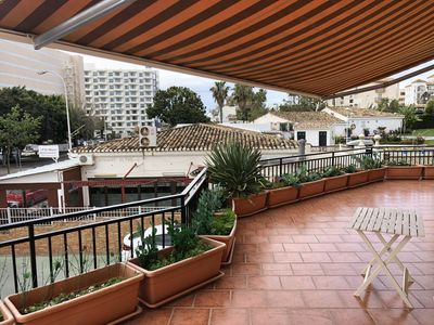 Photo for Apartment with large terrace, 100 meters from the beach