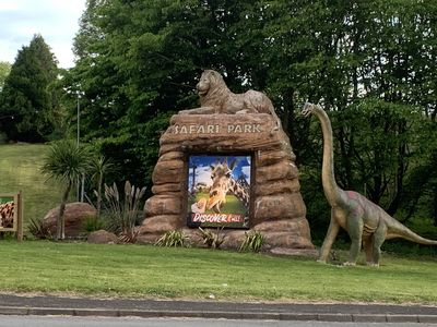 West Midlands safari Park is only 2 miles away