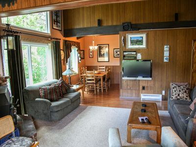 Photo for Cozy with Gorgeous Mountain Views, Family Friendly, Walk to Creek and Park