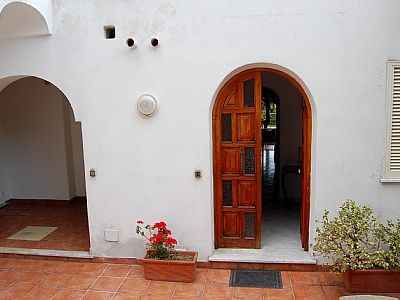 Photo for One bedroom Villa, sleeps 3 with Air Con