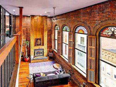 Photo for ❤️ of Downtown- 2 BR Walk to Everything! Deluxe PH Loft- Printers Alley Lofts