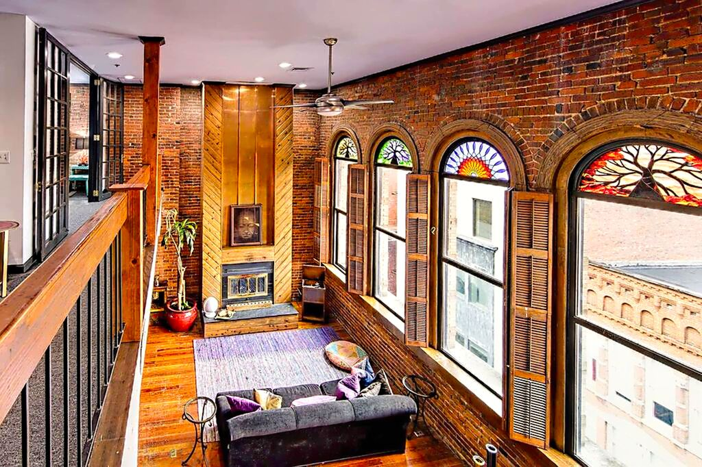 Of Downtown 2 Br Walk To Everything Deluxe Ph Loft Printers Alley Lofts