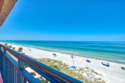 South View! - Gorgeous 7th floor penthouse Southern view of Indian Shores Beach!