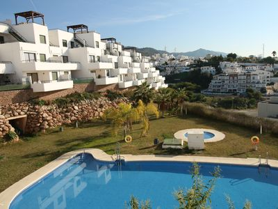 Photo for 3 bedrms - 2 bathrms - air con - communal pool - parking - wifi - roof terrace
