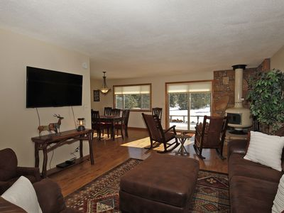Photo for NEW LISTING: Lovely Ranch-Style Home -Pet Friendly - On Log Hill Mesa - Views