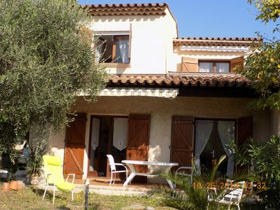 Photo for Villa 120m2, limit Fréjus / Saint Raphaël, 3 bedrooms / 6 people, from 600 to 980 €