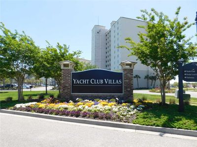 Photo for YACHT CLUB VILLAS 2BR End Unit in Barefoot Resort! Great Location & Views!
