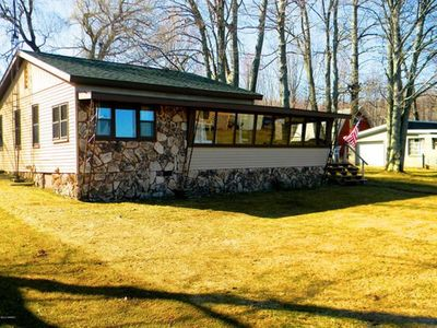 Photo for Lakefront cottage with sandy beach and great fishing on Gun Lake in Fountain MI