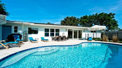 Photo for Riverview Breeze - Heated Pool,1 Level, Sleeps 17!