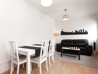 Photo for Apartment with terrace near the centre for executives