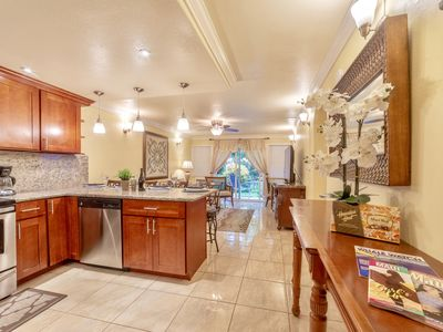 Photo for New Listing! Lahaina Town 4Br Condos, 3 mins  to Beach, Front St & shops!