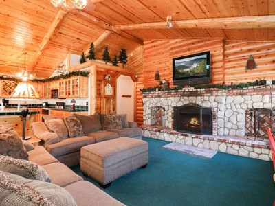 Photo for Mountain Paradise: Close to Conveniences! Flat Backyard! Wood Burning Fireplace! Propane Barbecue!
