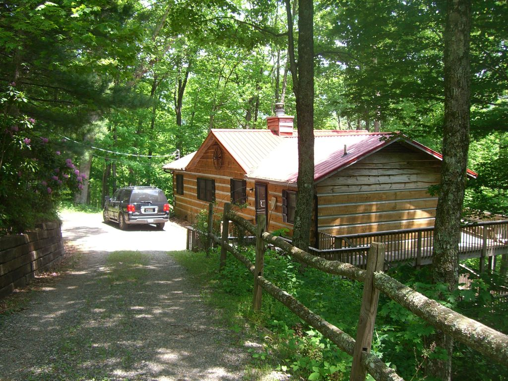 cozy cabin in the woods of wolf laurel mars hill blue