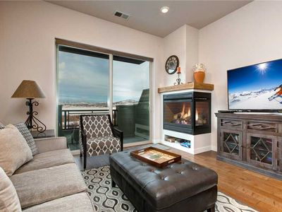 Photo for Newly Built 2 Master Suite Home! Free 6min Shuttle to Slopes! Walk to Eateries