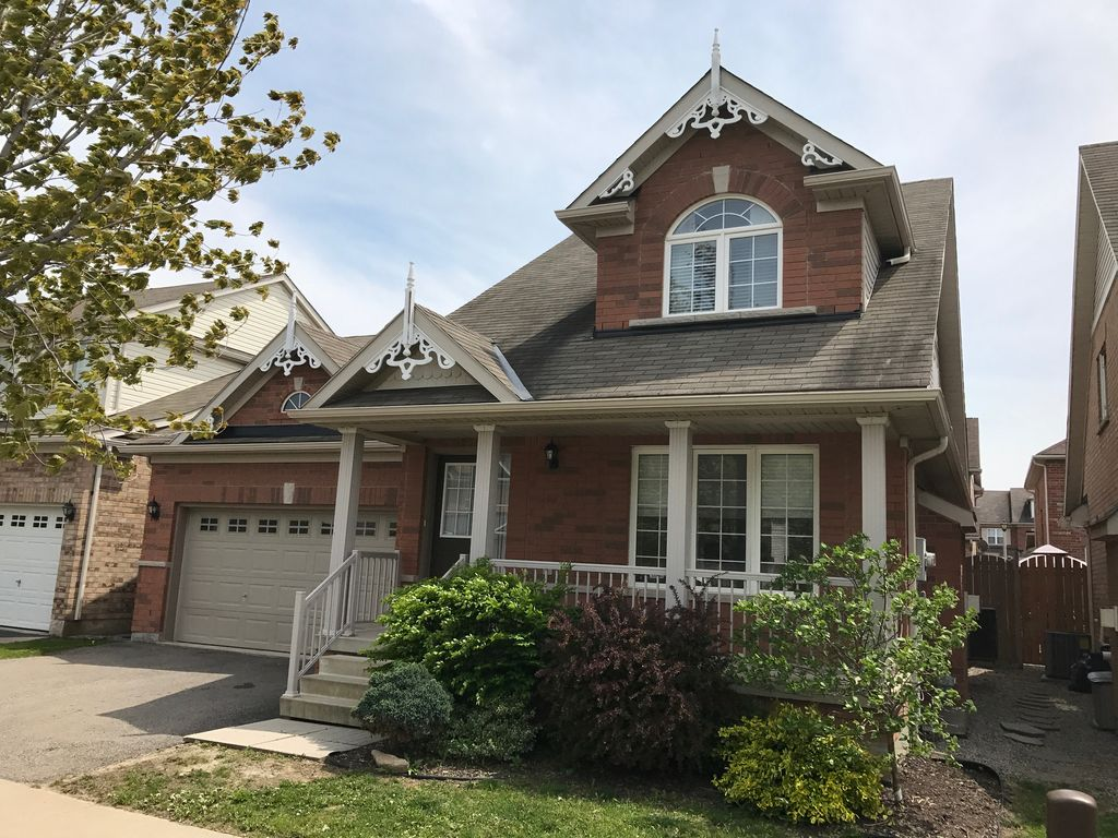 3 Bedroom Home - Niagara On The Green Subdivision