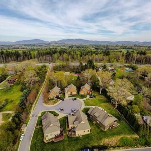 Superb 5 Star Luxury Home The Perfect Asheville Location 5 Mins To Downtown Biltmore Asheville Interior Design Ideas Oxytryabchikinfo
