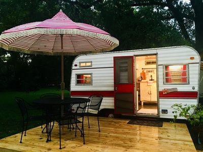 Miss Ruby - 13' of cozy & clean!  Fully Renovated with climate control.