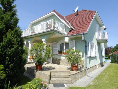 Photo for 4BR House Vacation Rental in Balatonszárszó, Somogy