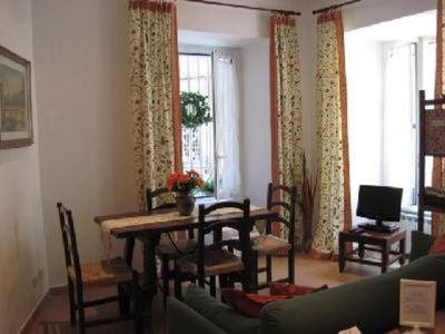 Photo for Rome: Rome  - Trastevere: charming apartment for 2-6 persons
