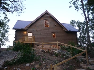 Brand new log cabin perched on the bluff of Lookout Mountain