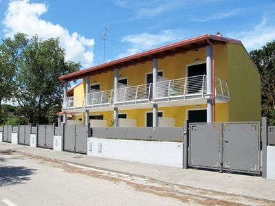 Photo for Lovely apartment for 4 people with A/C, WIFI, TV, balcony and parking