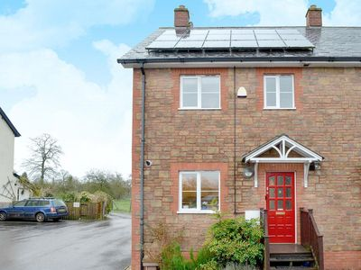 Photo for 3 bedroom accommodation in Uffculme, near Cullompton