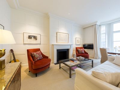 Photo for Beautiful One Bedroom Apartment in the Heart of St James'