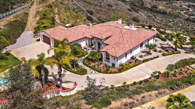 Photo for Villa Fortuna Estate - Single story on 10 acres of land with spectacular views