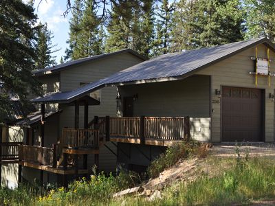 Photo for Snowy Ridge Lodge - 5 Bedroom - Game Room, Private Hot Tub, Close To Slopes!
