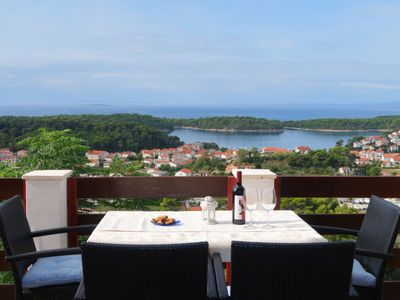 Photo for Apartment Andrija (RAB313) in Rab/Rab - 5 persons, 2 bedrooms