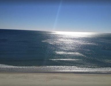 Photo for **$100 off July & Aug (Mail check) *Oceanfront 3 Bd 2 Ba Condo w/pools Renovated