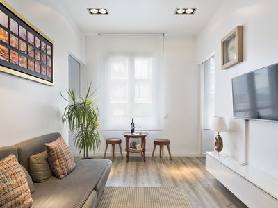 Photo for Beautiful apartment in front of Sagrada Familia