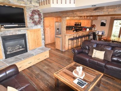 Photo for Short walk to ski lifts, foosball table & private hot tub