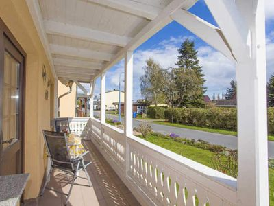 Photo for Apartment with balcony EC House 1 - Holiday home to the Reddevitzer Hövt (1)