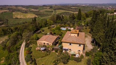 Photo for 2BR Apartment Vacation Rental in San Gimignano, Toscana