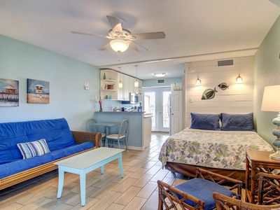 Photo for Dog-friendly studio condo w/ shared pools, near popular attractions!