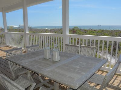 Photo for 4/3 Gulf view home, short stroll to beach, hot tub, community pool!