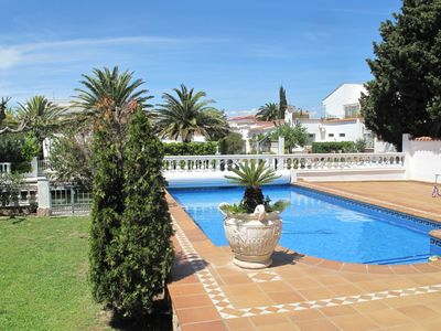 Photo for Villa on the canal with private pool, garden, mooring and garage
