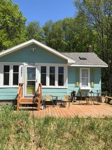 Beach cottage with view of Lake Michigan's Pere Marquette sandy beach