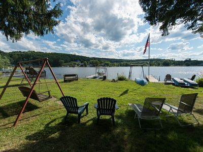 Photo for Quiet, Charming Lakefront Cottage