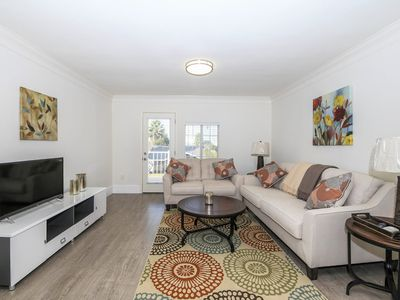 Photo for Clean Adorable 2Bed 1Bath duplex style home