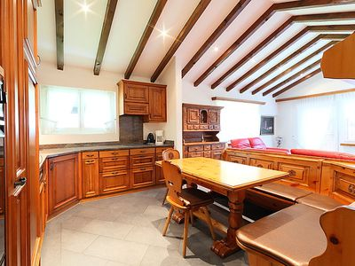 Photo for Apartment Granit in Zermatt - 6 persons, 3 bedrooms