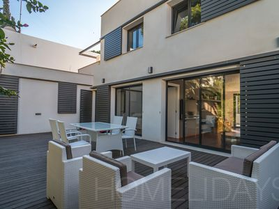 Photo for Luxury House of 4 bedrooms, very well located and perfect for families
