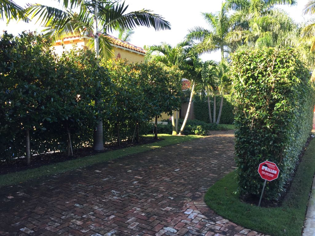 PALM BEACH OASIS Pristine Home With Glorious Private Pool! Near ...