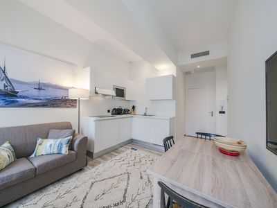 Photo for Very nice 1 bedroom Rue d'Antibes