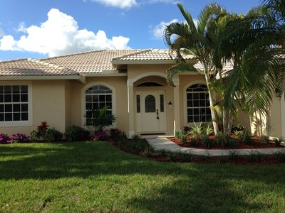 Photo for Sunny South Florida - Walk to WEF & Global Dressage - WiFi included
