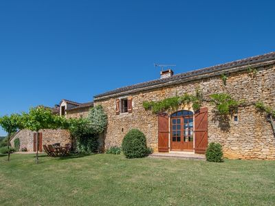 Photo for Spacious Holiday Home in Sauveterre de lémance with Library