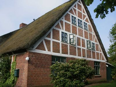 Photo for Apartment in a thatched timbered house - house to the dike