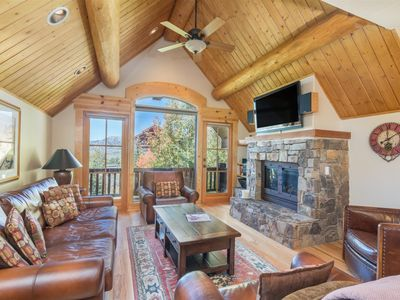 Photo for High end, custom designed 4 bedroom, 4 bath home offers a truly luxurious mountain getaway