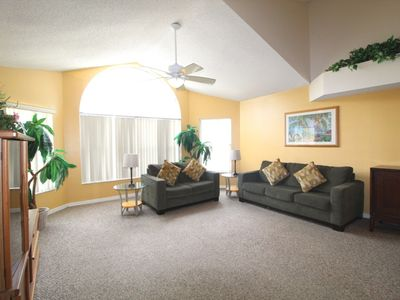 Photo for RELAXING 3 BED VACATION HOME MINUTES FROM DISNEY & ORLANDO'S ATTRACTIONS!!